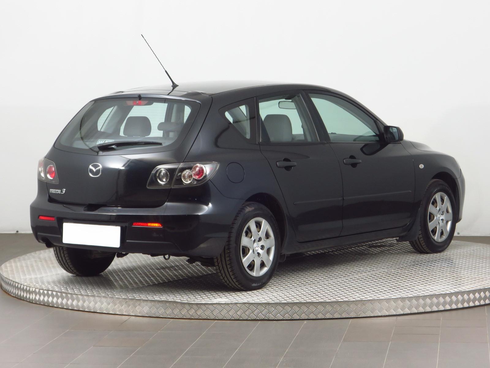 Kekurangan Mazda 326 Perbandingan Harga